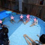 プールと水遊び