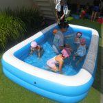 今年も幼児さんはプールに入って楽しみました。